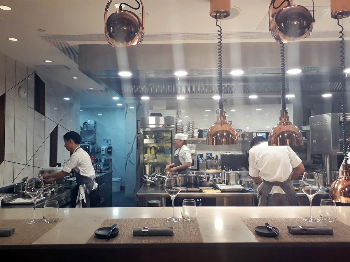 5 Alasan Tak Perlu Ragu Bersantap di Restoran Fine Dining CURATE Singapura