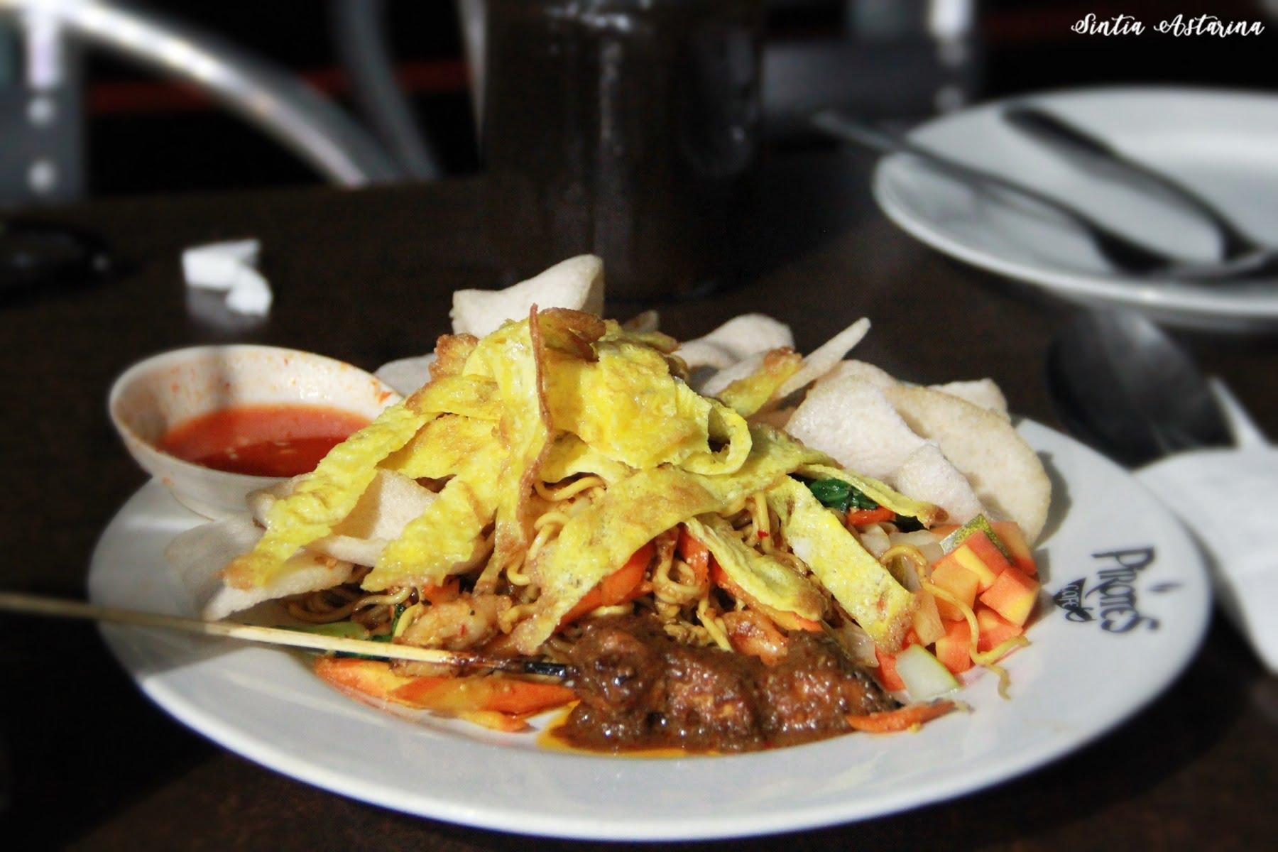Ikan Bakar Rica, Menu Terfavorit di Pirates Cafe Manado (1)