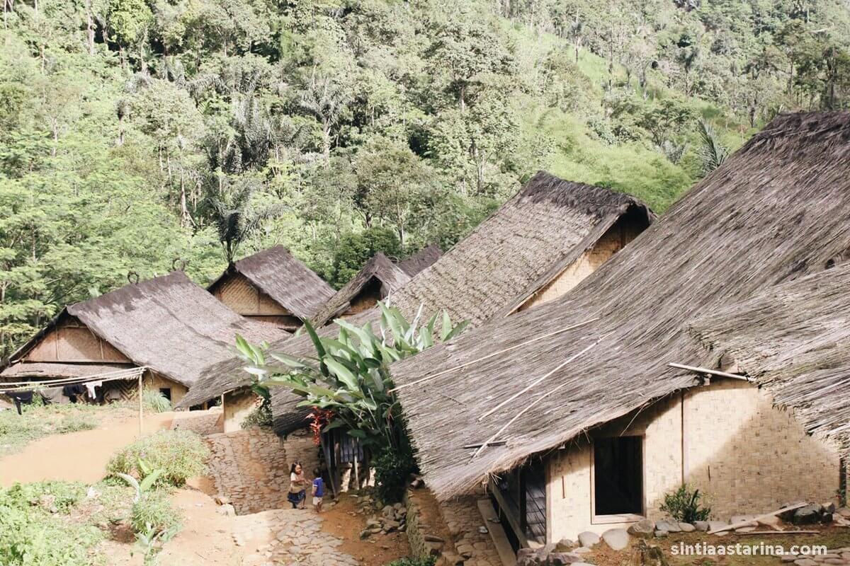 bentuk rumah masyarakat baduy
