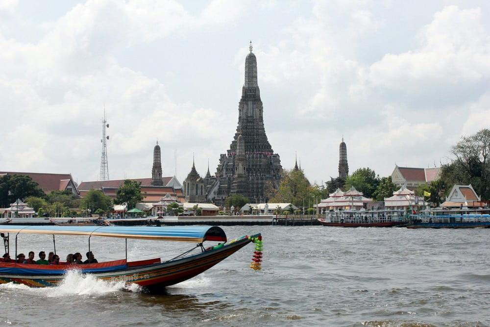 Wat Arun, Wisata Sejarah Murah di Bangkok