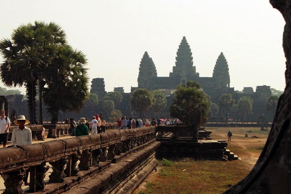 Liburan ke Kamboja? Jangan Lupa Jelajahi Angkor Wat