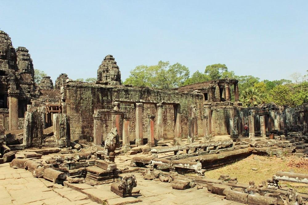 Menjelajahi Angkor Wat Hingga Lokasi Shooting Tomb Raider - liburan ke kamboja