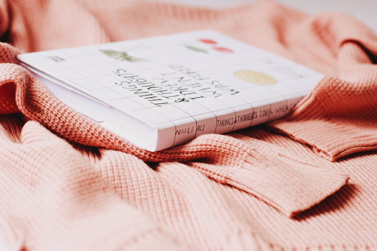 [BOOK REVIEW] Things & Thoughts I Drew When I was Bored Karya Naela Ali
