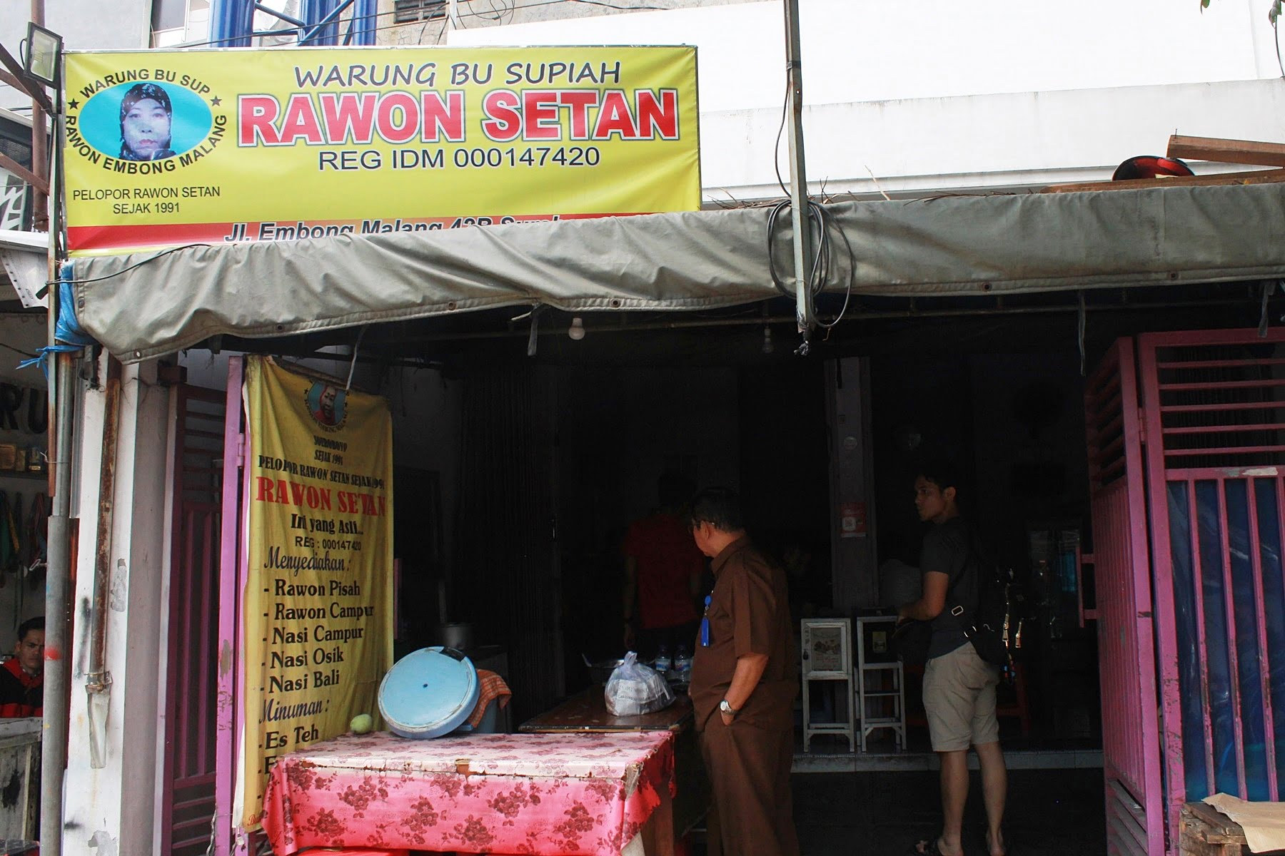 Rawon Setan Bu Sup, Kuliner Surabaya Penggugah Selera