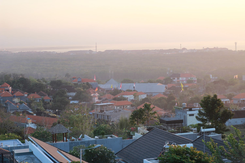 Lepas Suntuk di Nagisa Bali Bay View Villas yang Super Nyaman