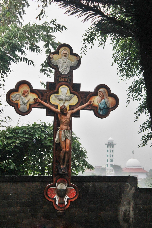 Menitipkan Doa di Gua Maria Kerep Ambarawa, Semarang (13)