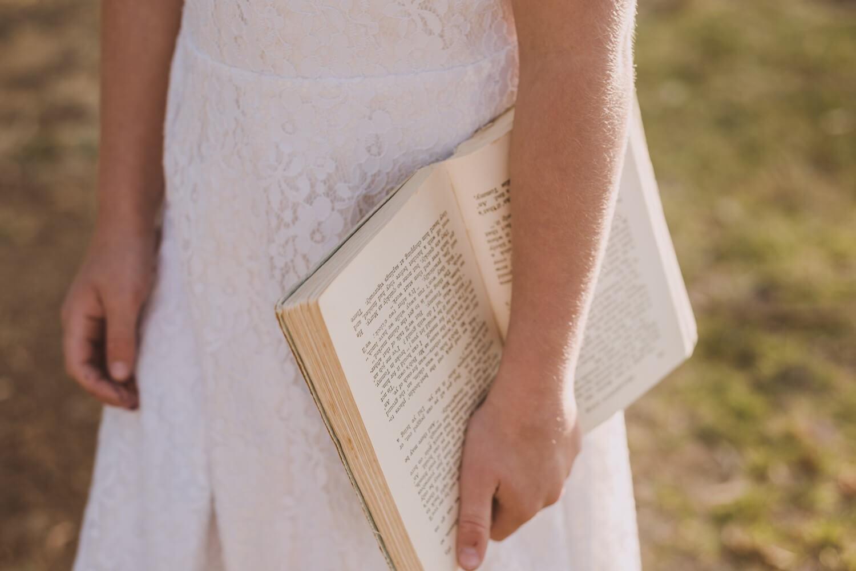 7 Cara Mudah Membangun Kebiasaan Membaca Buku