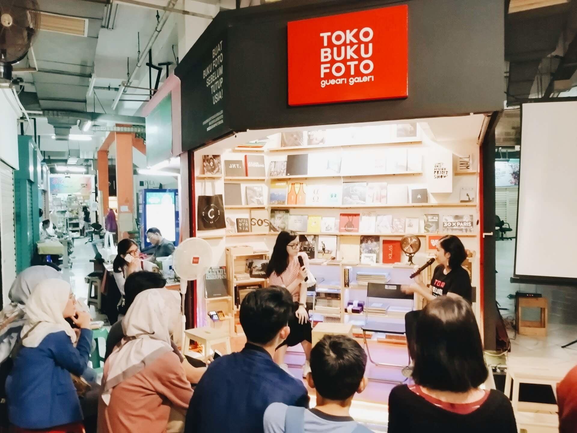 Indie Bookshop Tour Tur Toko Buku Independen Perdana di Jakarta