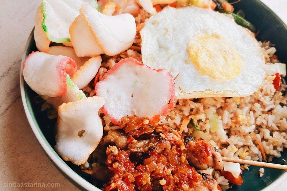 Nasi Goreng Kampung di Raindear Coffee & Kitchen Bogor