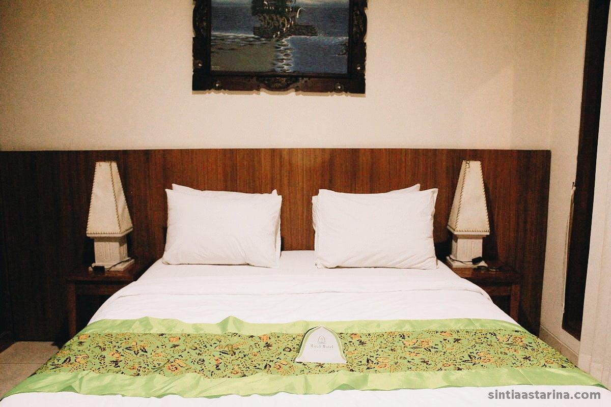 Numpang Tidur 3 Jam di Mirah Hotel Banyuwangi Sebelum ke Kawah Ijen